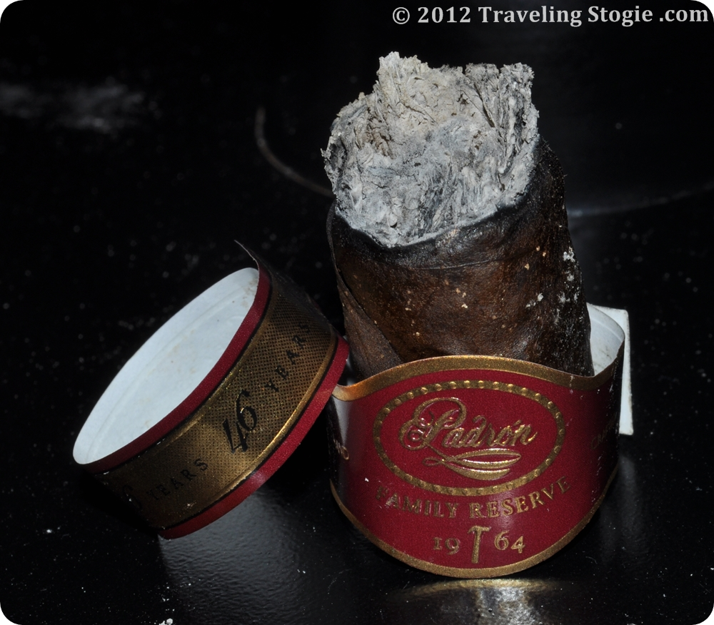 PadronFamilyReserve46YearsMaduro 16 Padron Family Reserve 46 Years Maduro Review